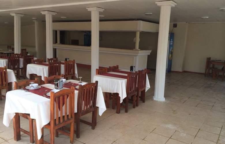 Grand Emir Hotel & SPA - Restaurant - 8