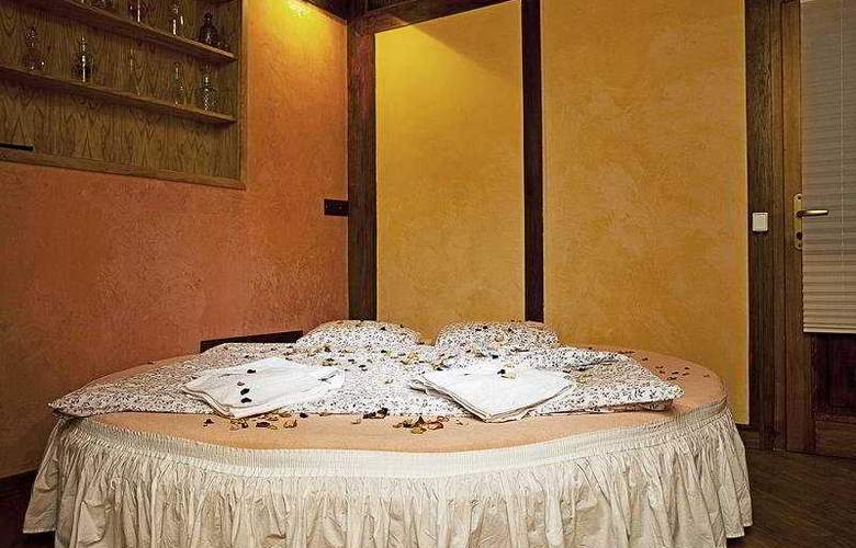 Casa Italia - Room - 8