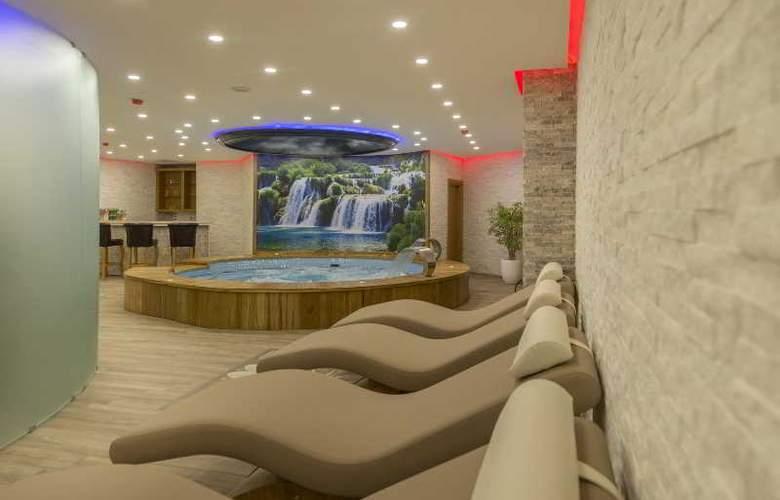 Midmar Hotel - Pool - 3