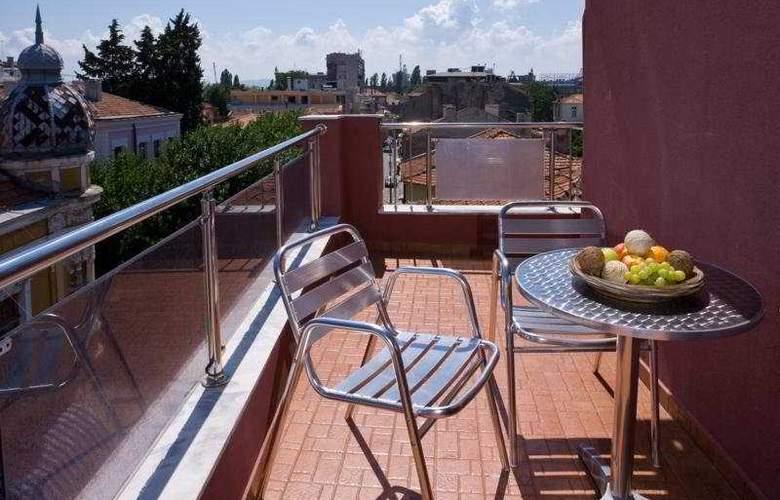 Fotinov Guest House - Terrace - 2