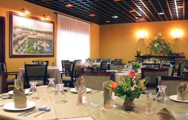 Los Tres Rios - Restaurant - 3