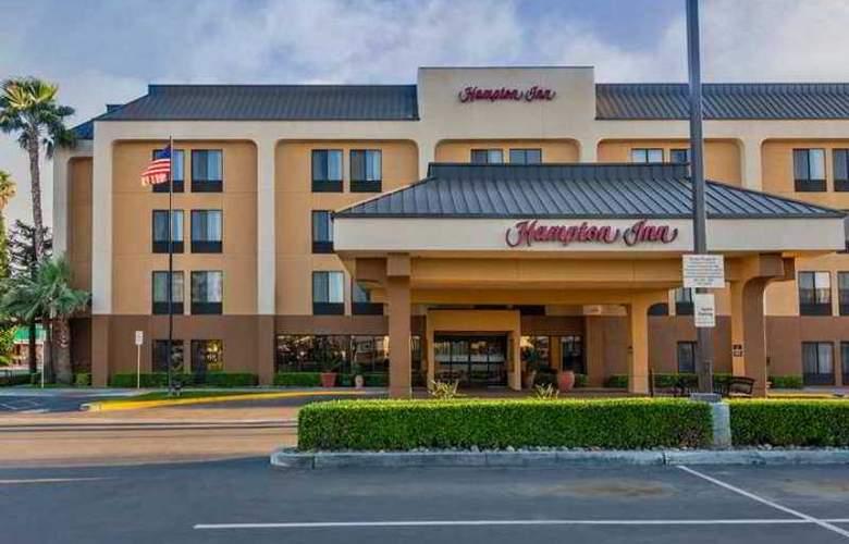 Hampton Inn Bakersfield-Central - Hotel - 4