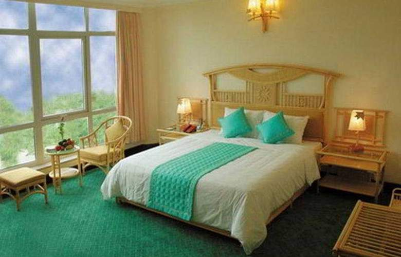 Green Hotel Hue - Room - 2
