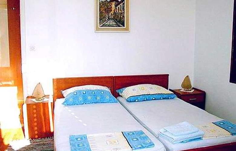 Apartman Marina II - Room - 1