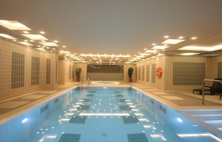 Apartamentos Nòrdic (Del Clos) - Pool - 2