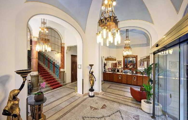 Paris - Hotel - 0