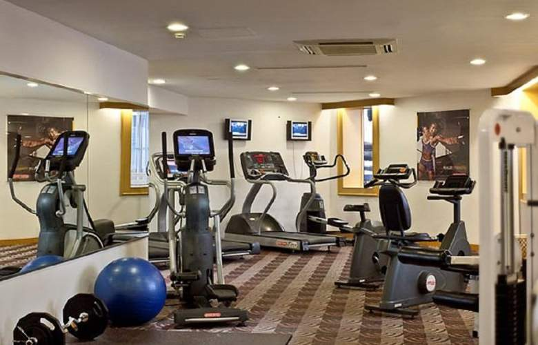 Courtyard by Marriott Pudong - Sport - 11