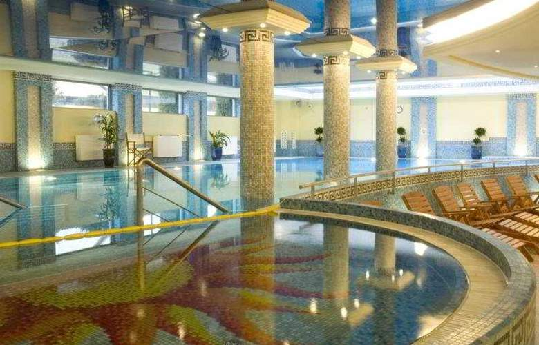 Haffner - Pool - 3