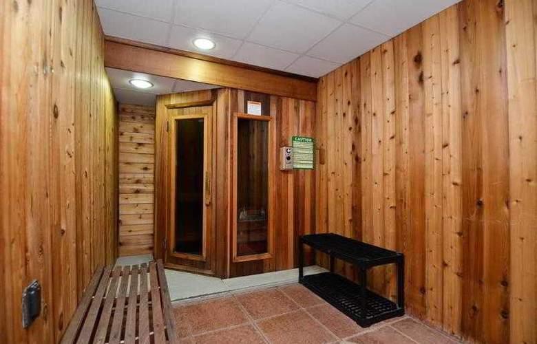 Best Western Plus Concordville Hotel - Hotel - 36
