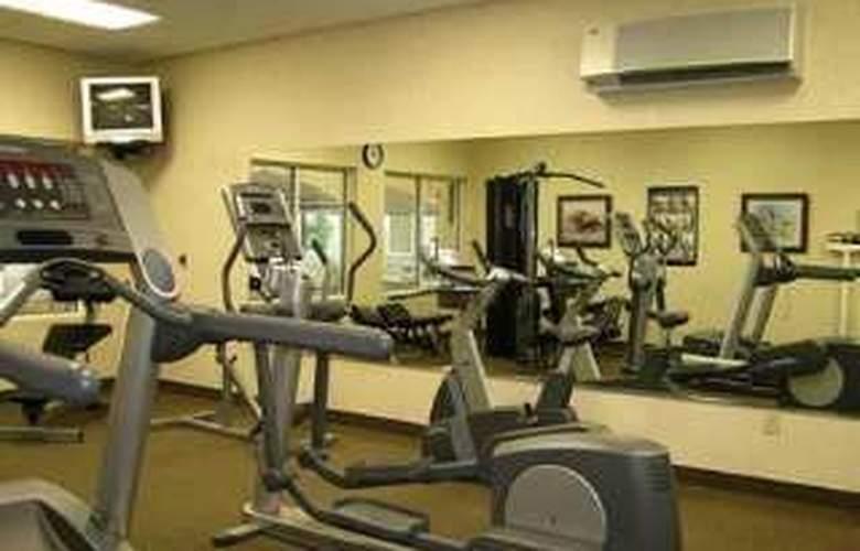Hilton Garden Inn Effingham - Sport - 9
