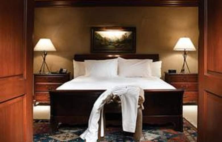 The Inn at Aspen - Room - 1
