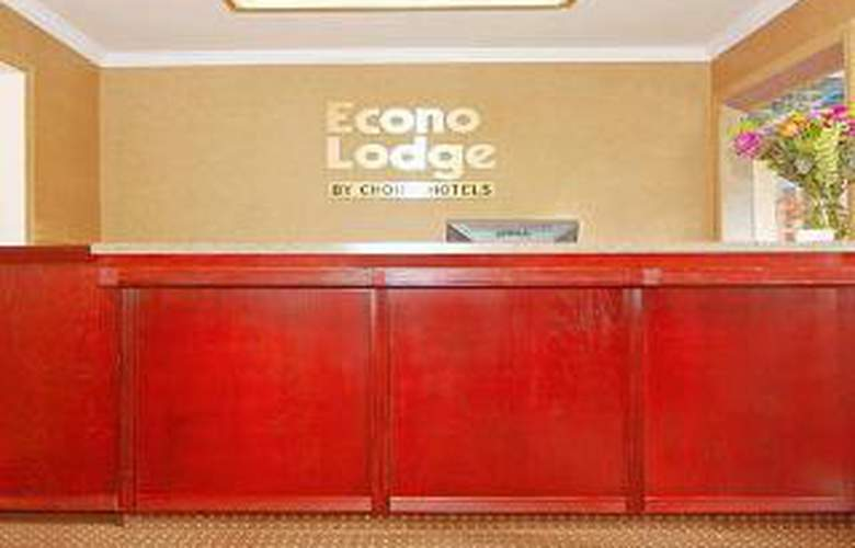 Econo Lodge City Center - General - 1