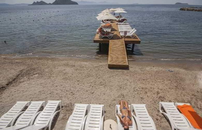 Dragut Point South Hotel - Beach - 40