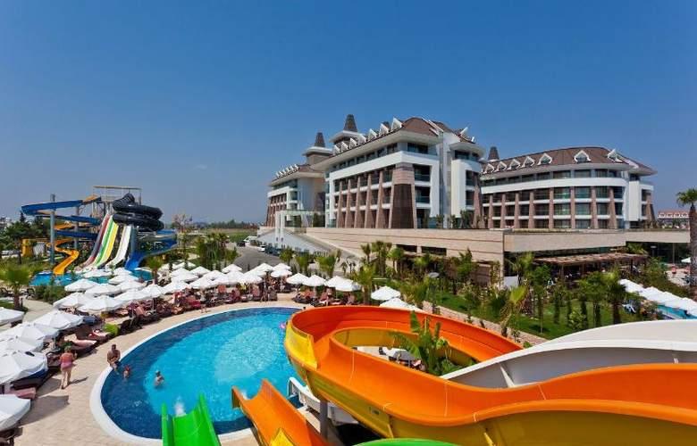 Sherwood Dreams Hotel - Pool - 16