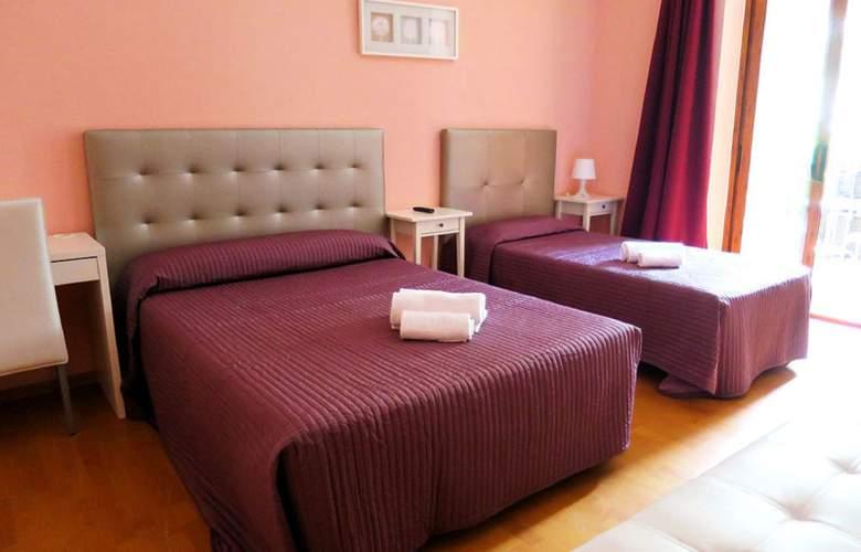 Balmes Centro - Room - 3