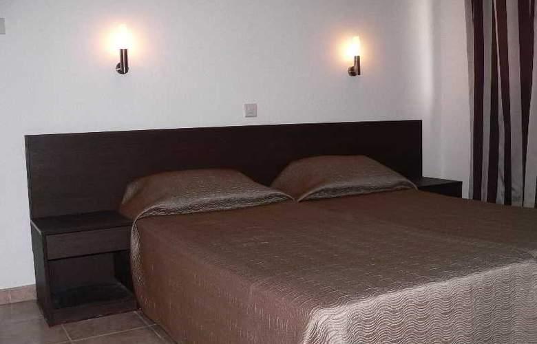Costantiana Beach Hotel Apts - Room - 10