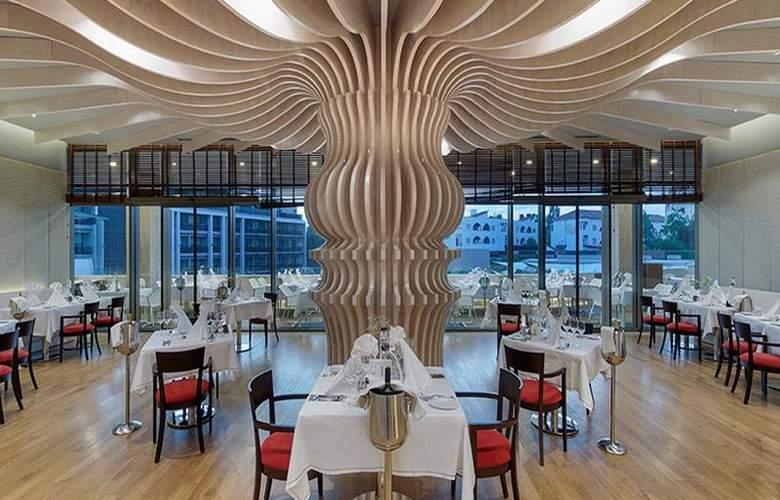 The Sense De Luxe - Restaurant - 36