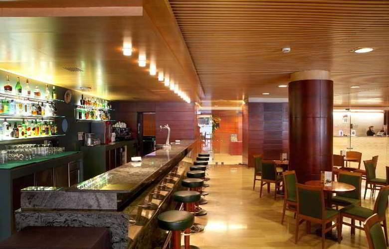 Tulip Inn Andorra Delfos - Bar - 6