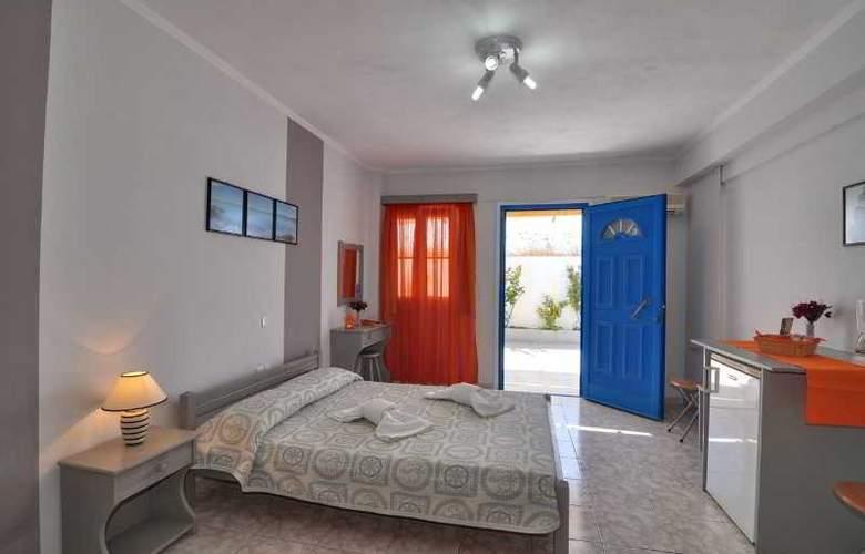 Aivaliotis Studios - Room - 5