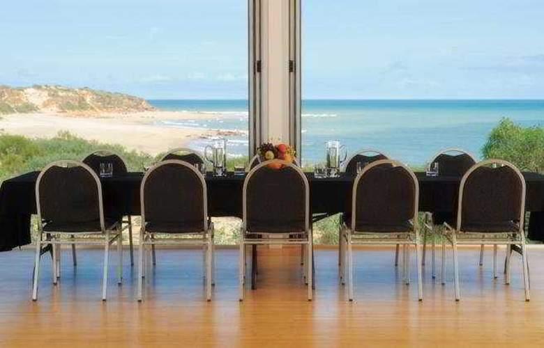 Eco Beach - Hotel - 0