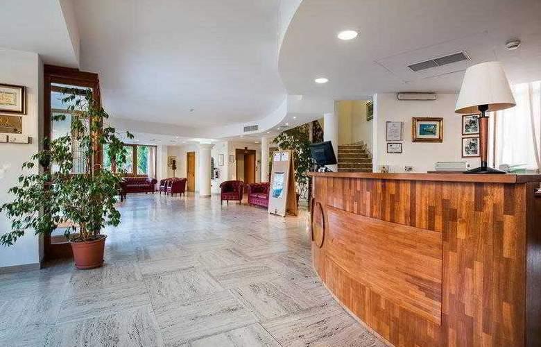 BEST WESTERN La Baia Palace Hotel - Hotel - 11