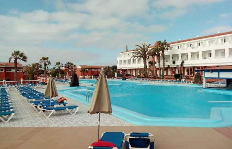Globales Costa Tropical - Pool - 21