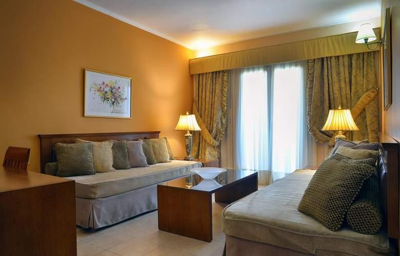 Ariti Grand Hotel - Room - 10