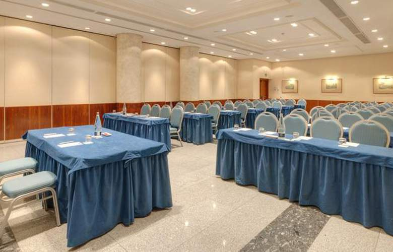 Tryp Leon - Conference - 15