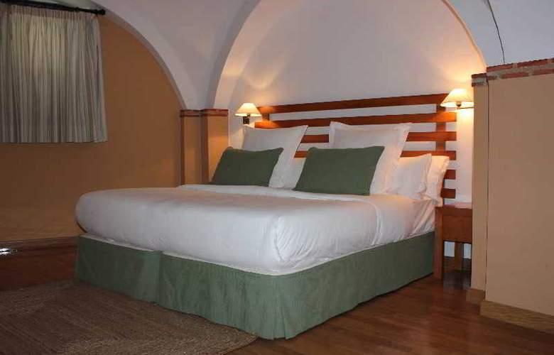 Palacio Coria - Room - 8