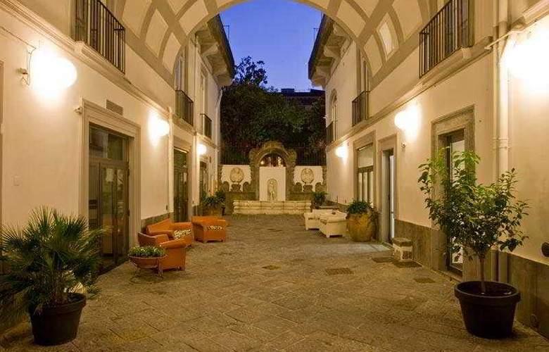 Piazza Bellini - Hotel - 0