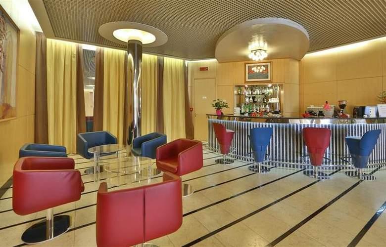 Best Western Air Venice - Bar - 16