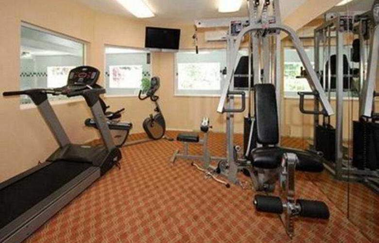 Comfort Suites Columbia River - Sport - 9