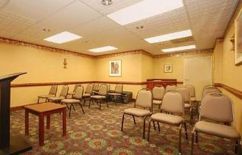 Quality Inn & Suites Ft. Jackson Maingate - General - 2