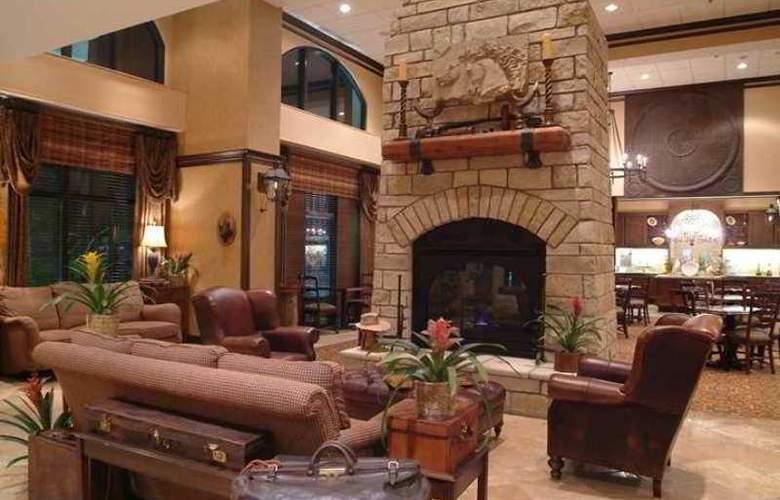 Hampton Inn & Suites Legacy Park-Frisco - Hotel - 8
