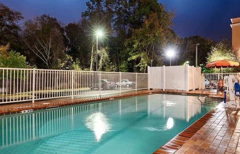 Best Western Plus Cecil Field Inn & Suites - Pool - 37