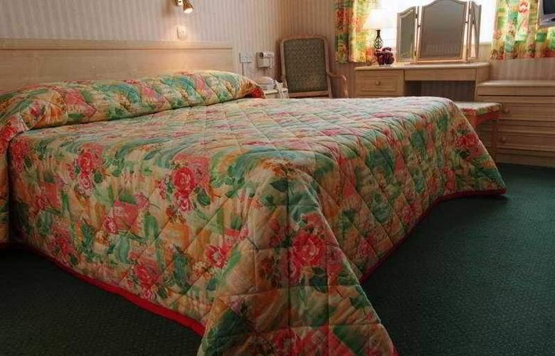 The Monterey - Room - 4