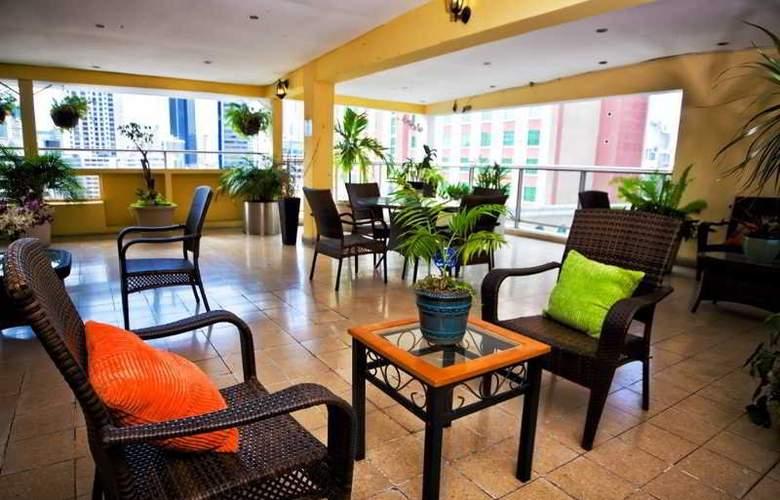 Las Vegas Hotel Suites - Terrace - 4