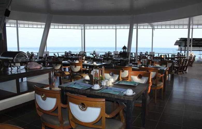 Al's Resort - Restaurant - 4