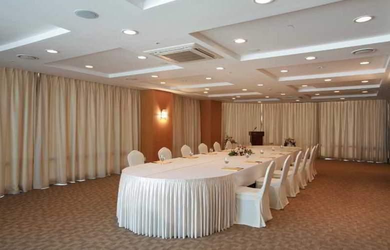 Ocean Suites Hotel Jeju - Conference - 11