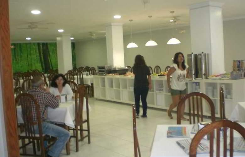 Ancora - Restaurant - 11