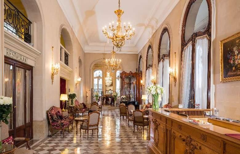 Hotel Regina - General - 12