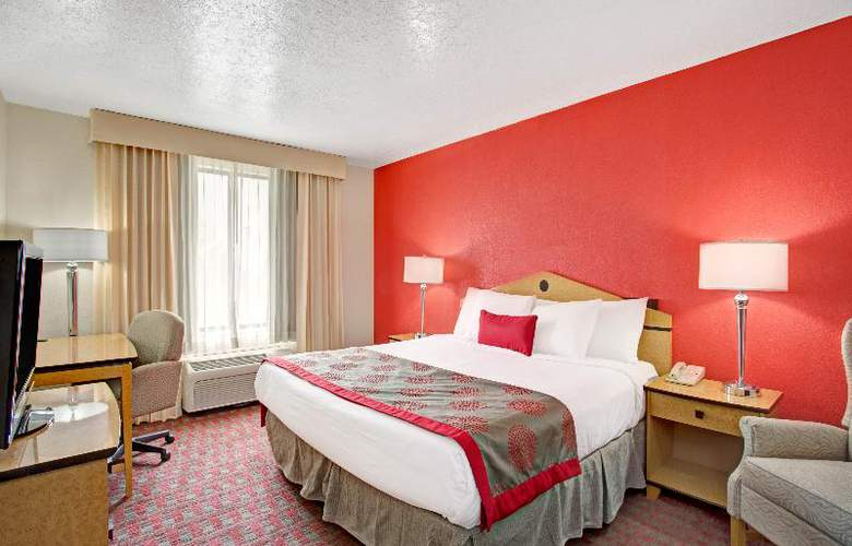 Ramada Salt Lake City Airport - Room - 12