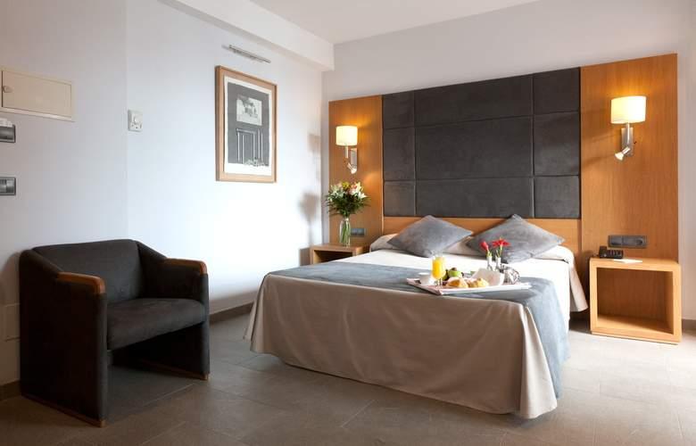 THB Mirador - Room - 4