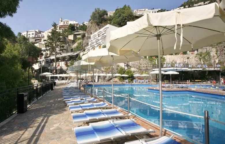 Royal Positano - Pool - 5