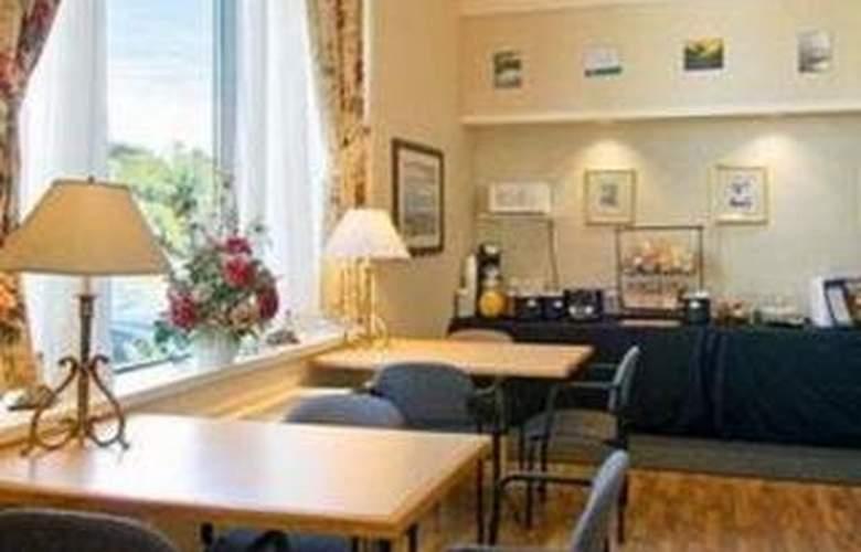 Comfort Inn (Bridgewater) - Restaurant - 4