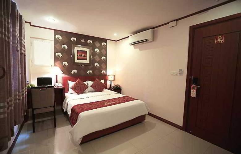 Icon 36 - Room - 14
