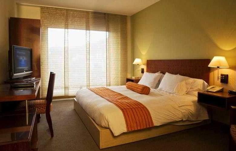 Cosmos 100 Hotel y Centro de Convenciones - Room - 9