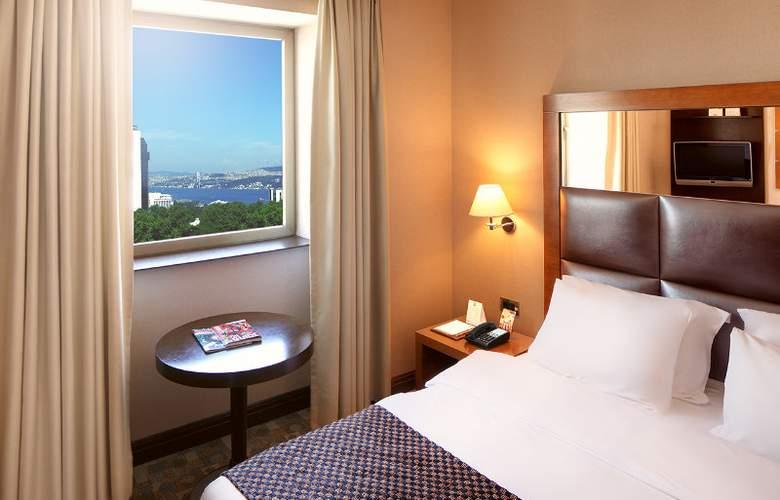 Midtown Hotel - Room - 2