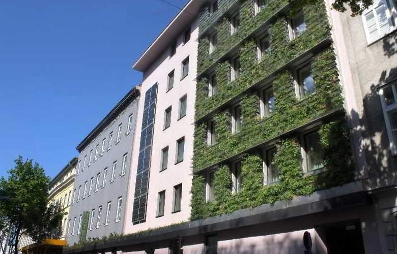 Stadthalle - Hotel - 0
