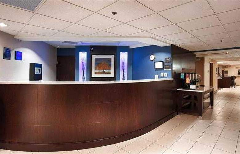 Berkshire Hills Inn & Suites - Hotel - 39